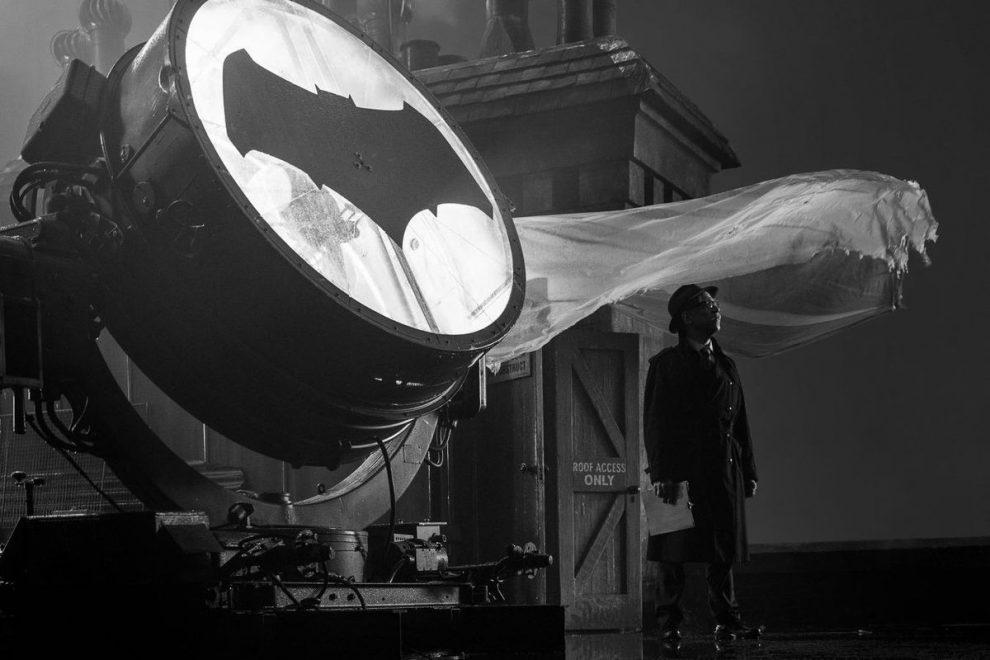 Bat-Signal in 'Justice League'